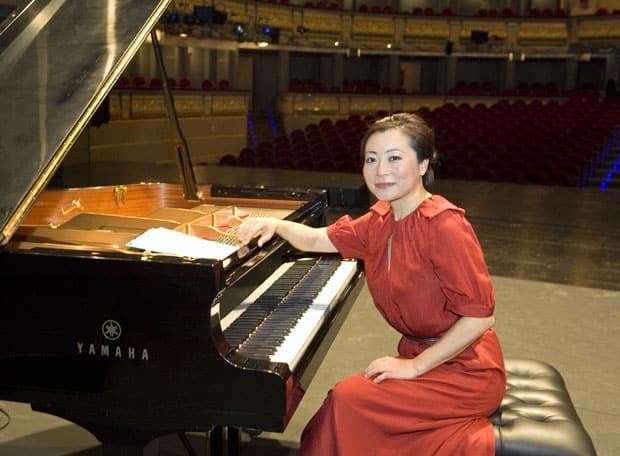 Mine Kawakami Tocado_Monic-Gala_Teatro_Real_02