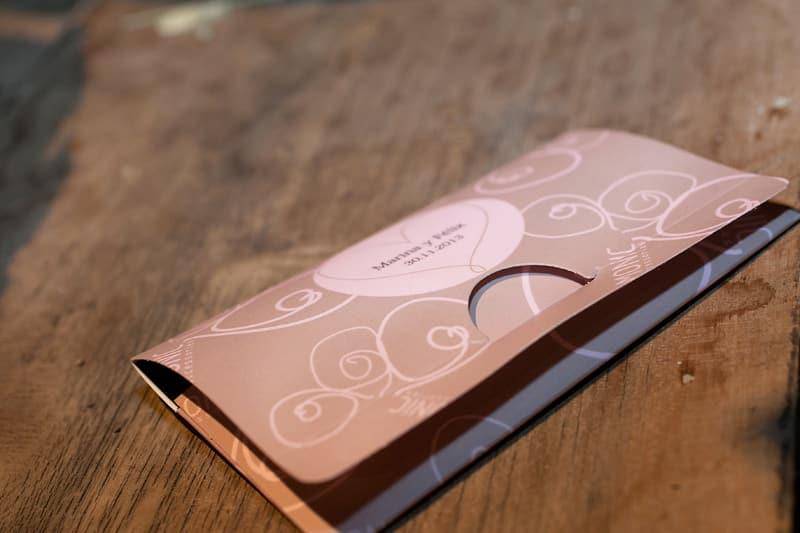 Regalitos Monic: Packaging personalizado en rosa maquillaje