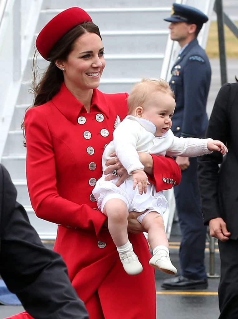 Kate Middleton luciendo un PillBox en su viaje oficial a Australia (Foto: Danny Martindale/WireImage)