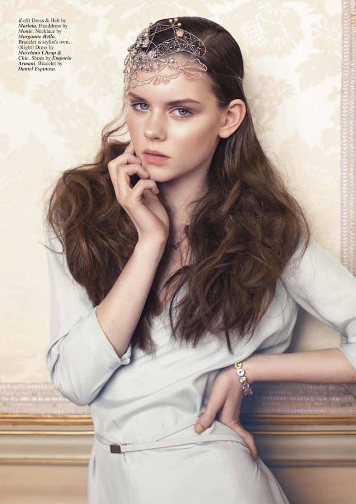 Modelo con tocado novia Olivia Barroc : tocado joya y pelo a modo de estola
