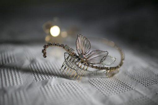 tiara novia corona tocado joya dorado plateado hilos plata