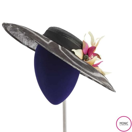 Tocado Fiesta Invitada_Sombrero Canotier Cebra_Monic boda día