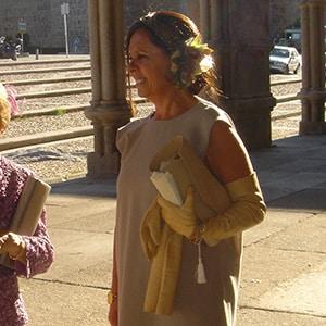 tocado joya para madrina con recogido de boda