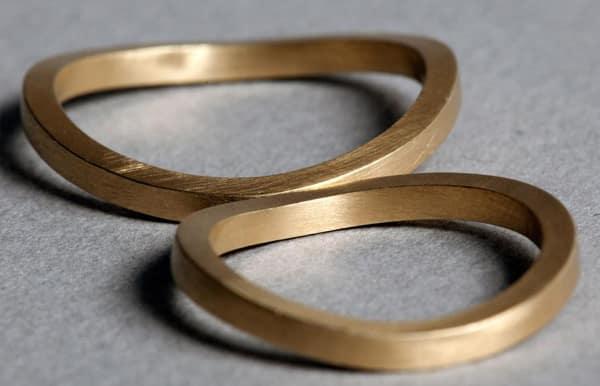alianzas de oro amarillo, oro blanco y oro rosa en Madrid para boda