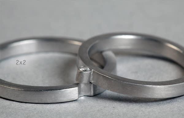 originales alianzas de boda entrelazadas en oro blanco en Madrid