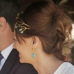 diadema tiara dorada de joyería y cristal Swarovski para novia