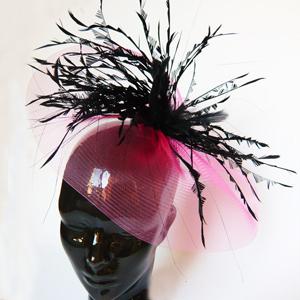 pamela tocado grande deinvitada y madrina de boda con plumas negras para el pelo
