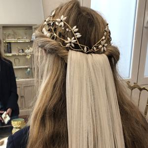tocado joya de novia con velo largo de tul de seda liso