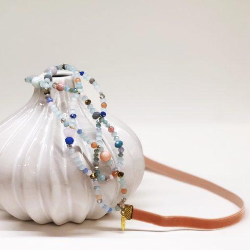 accesorios pelo diadema invitada boda cristal azul verde mint rosa maquillaje