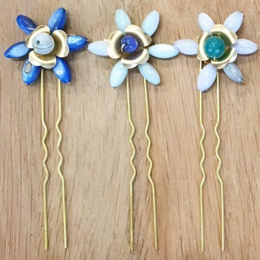 horquillas de pelo con adornos flores azul para peinado de boda y fiesta