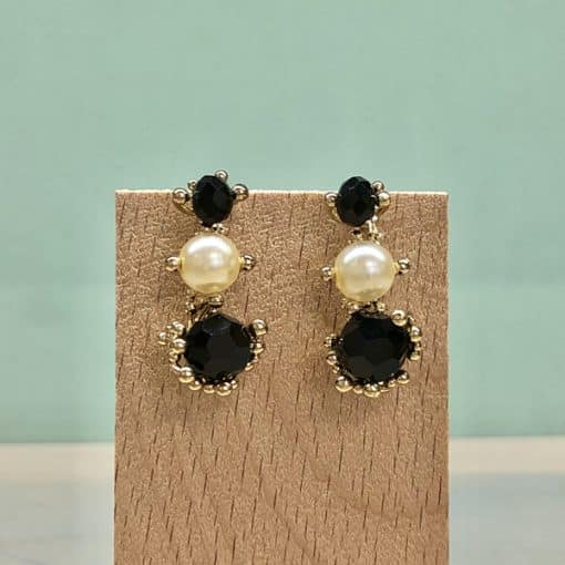 pendientes fiesta elegantes largos con piedras negras y perlas