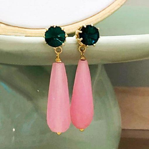 pendientes largos colgantes verde esmeralda y cristal rosa buganvilla