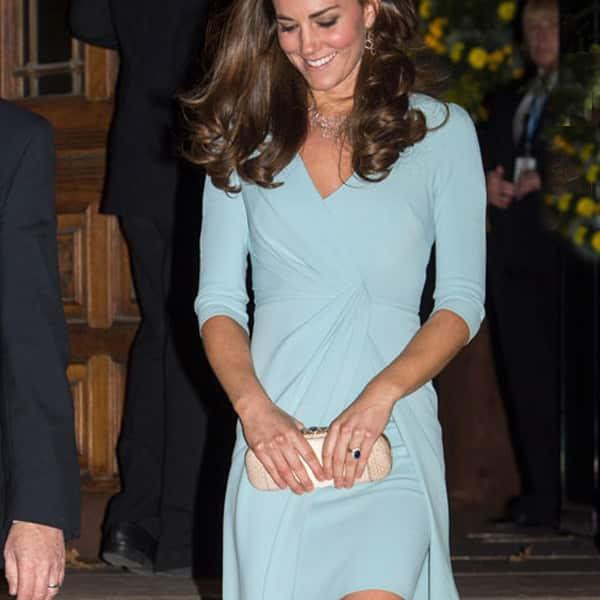 pendientes azul claro para vestido azul celeste de invitadas boda y fiesta