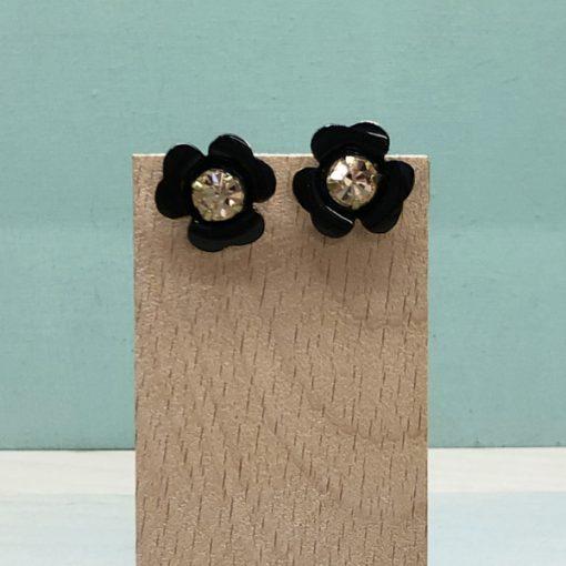 pendientes pequeños negros con flores negras y cristal swarovski dorado