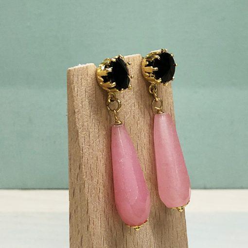 pendientes originales largos negros con gota rosa